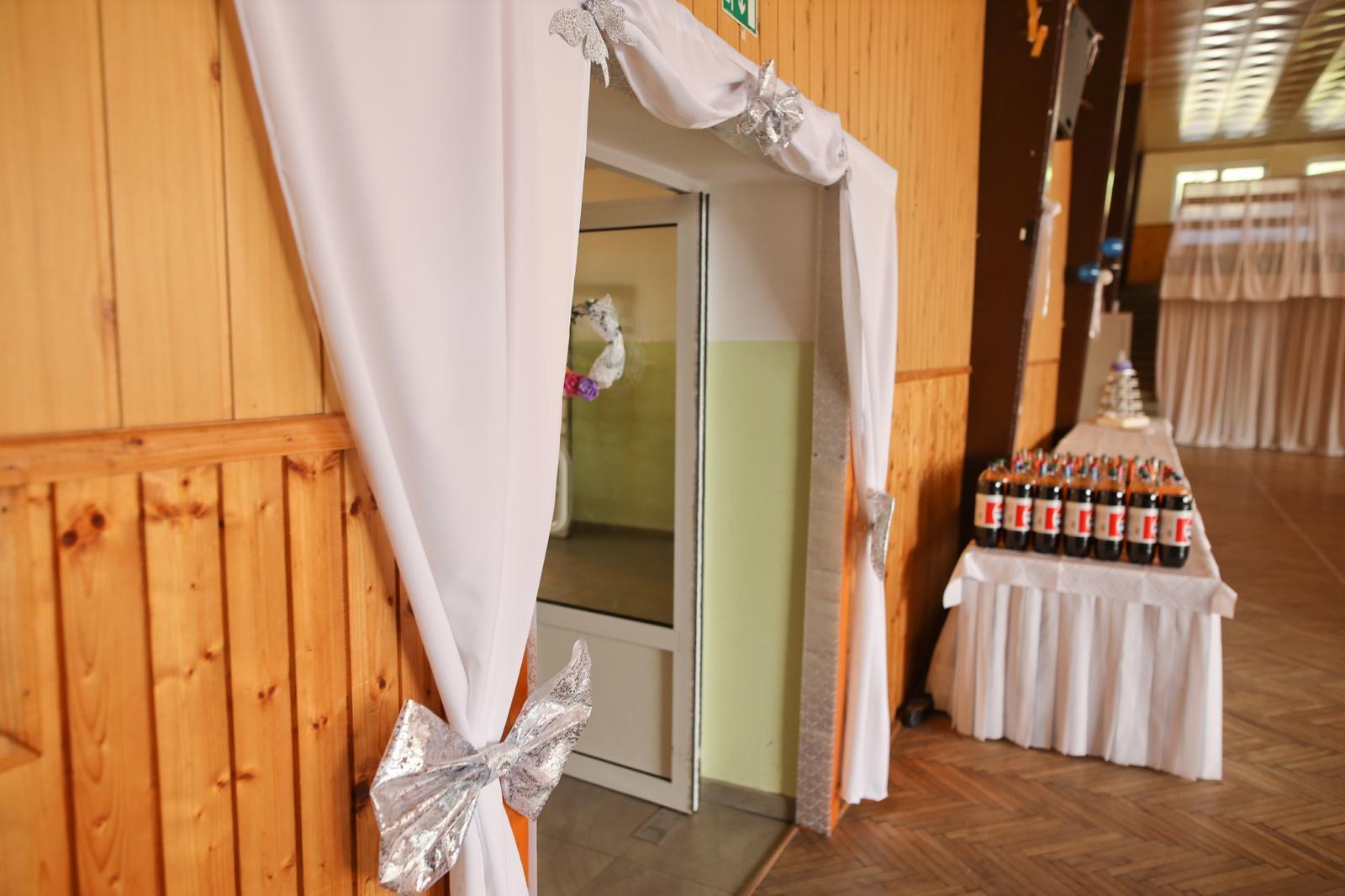 Svadobná výzdoba na dvere - Obrázok č. 1