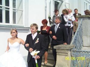 Novomanželé Milotovi