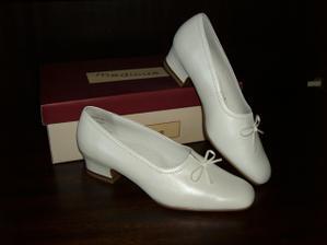 moje pre mna najkrajsie svadobne topanky, ake asi existuju