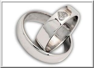 a tyhle prstýnky, prozatím jedinné které se nám líbí