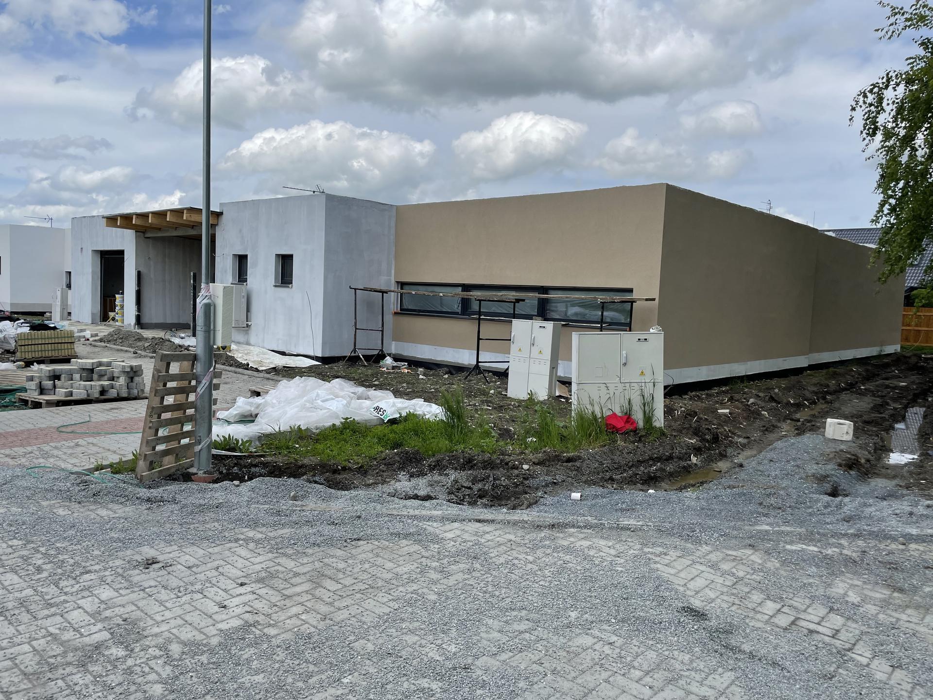 Naše nové doma - Fasáda už se rýsuje HN2C