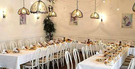 Svatební salonek- zde budeme mít hostinu
