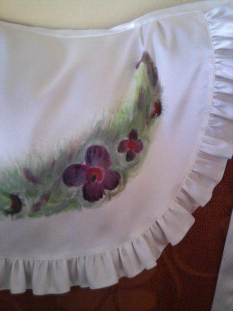 Všetci sa tešííííme... 4.9.2010 :) - Detail... presne k šatám :)