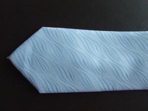 přítelovo kravata