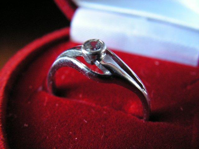 Co a ako si predstavujem :) - moj zasnubny prsten