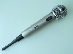 Zakoupen mikrofon