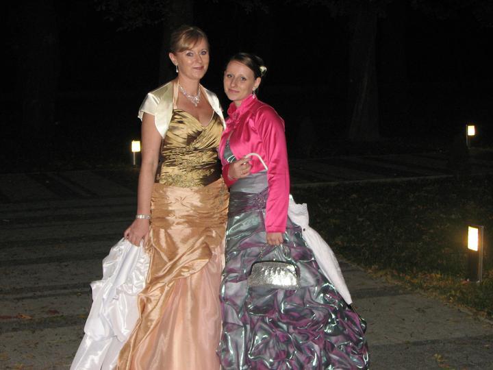 Michaela Hradiská{{_AND_}}Ján Šlezinger - Maminka so sestrou :)