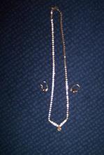 náhrdelnik a naušnice