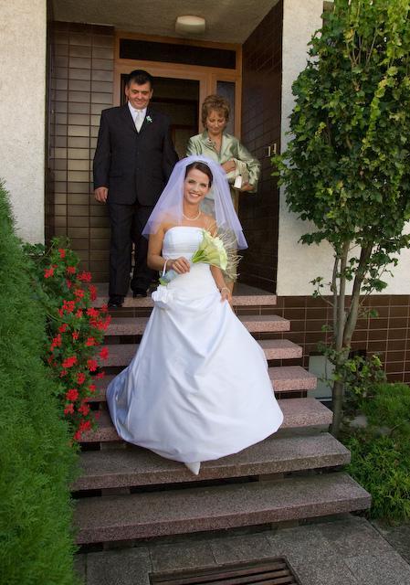 Adriana Hajkova{{_AND_}}Erik Bezak - a na zaver nevesta s rodicmi