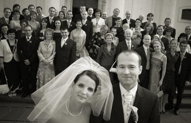 Adriana Hajkova{{_AND_}}Erik Bezak - so vsetkymi svadobcanmi