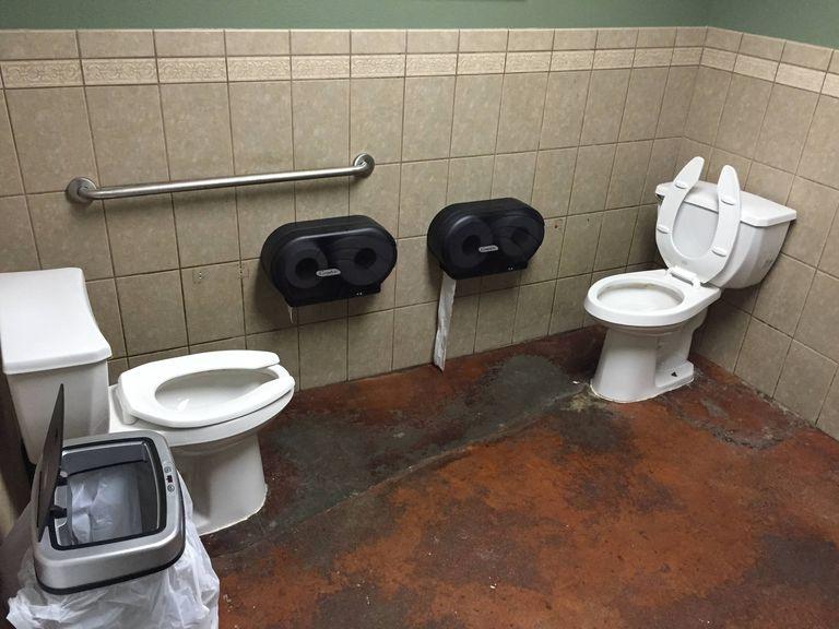 Pro ty kterým se nedaří na pozvednutí nálady,nikdy není tak zle aby nemohlo být hůř.... - WC na pokec