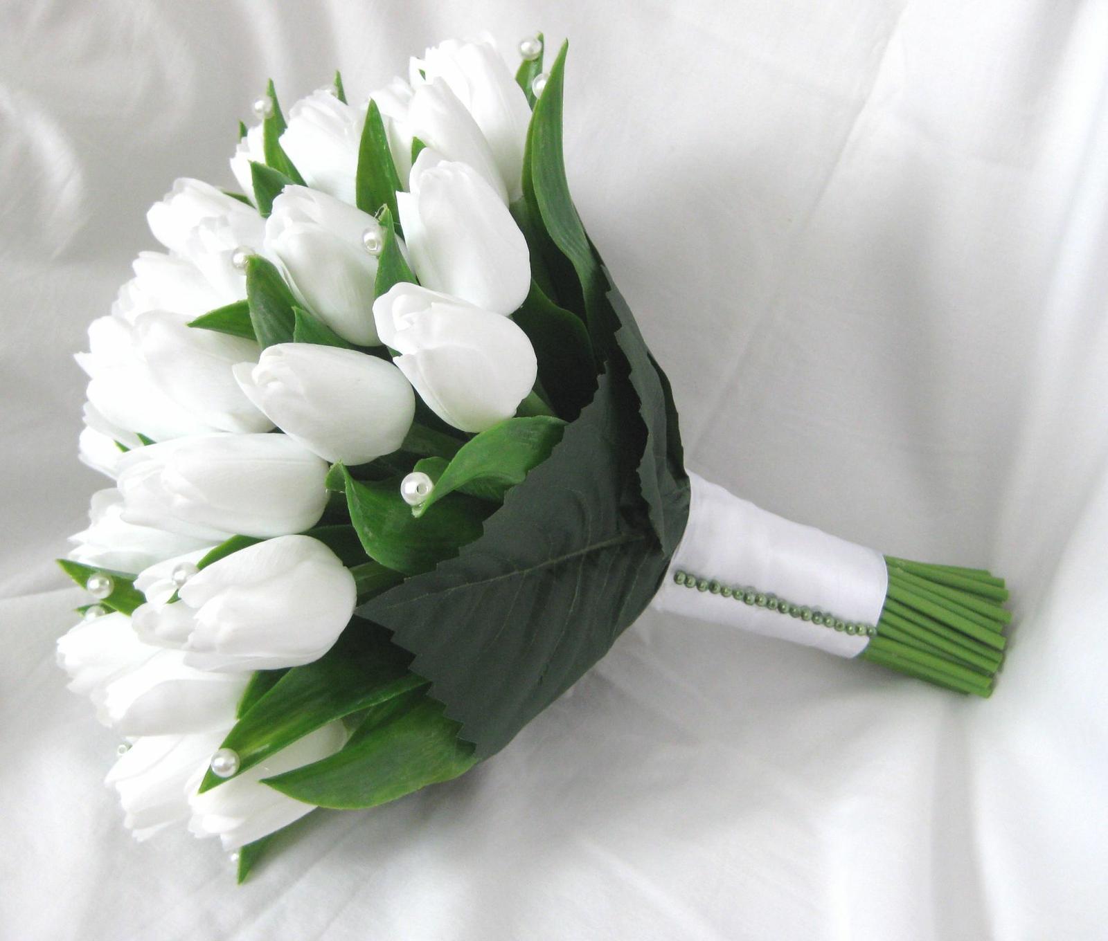 Svatebni Kytice Z Tulipanu Mate Zkusenost K