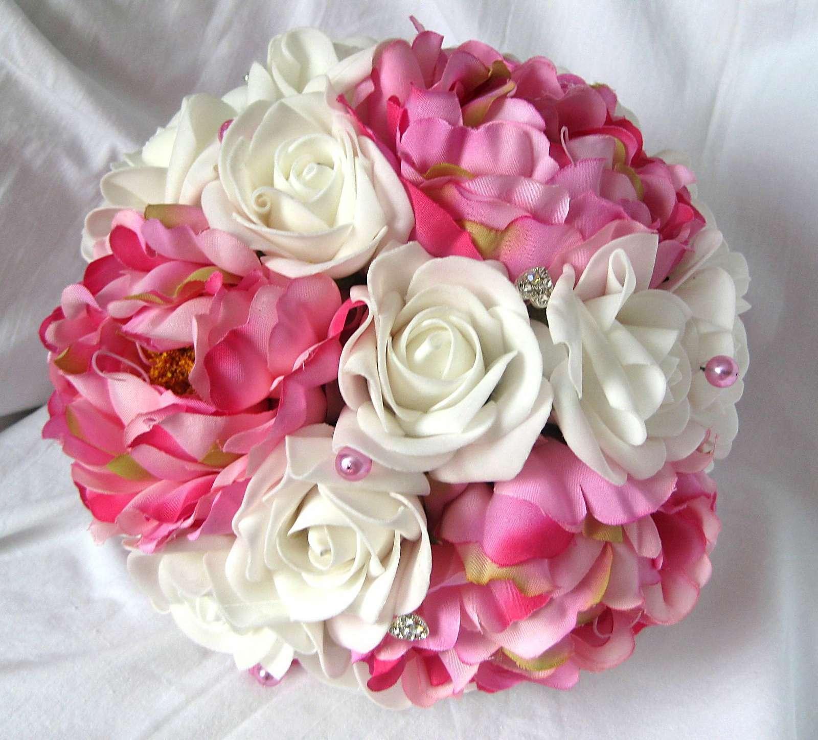 Svatební kytice tmavě růžová - Obrázek č. 1