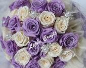 Svatební kytička ze stabilizovaných růží,