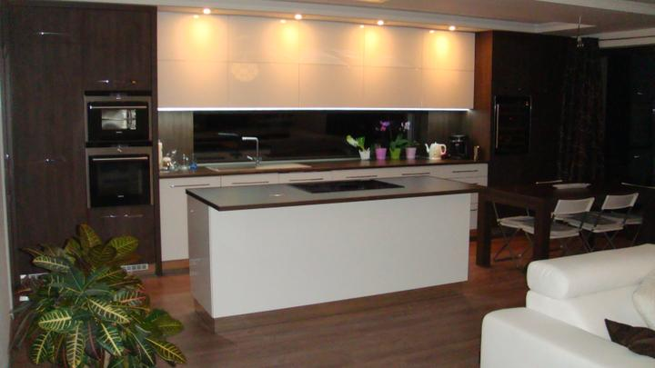Bývame :-) - kuchyna