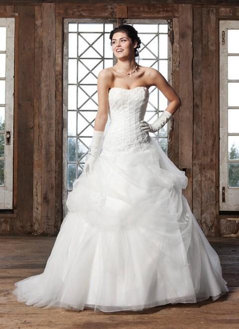 Svadobné šaty na predaj od 90 do 190 EUR - Výpredaj svadobných šiat od 90  Eur -  7b696c06891