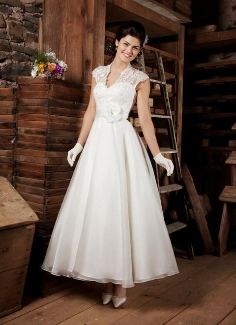 ad09fc7d53c6 Svadobné šaty na predaj od 90 do 190 EUR - Výpredaj svadobných šiat ...