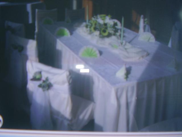 Naša svadba 24.11.2007 - stoly by mohli vypadat aj takto