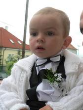 nas malý svadobčan, ale zato najkrajší :) draheho krstniatko