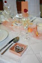 Darčeky pre hostí boli perníčky s poďakovaním.