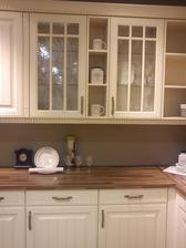 Podla tejto kuchyne som si dala spravit tu svoju kuchynu..:-)