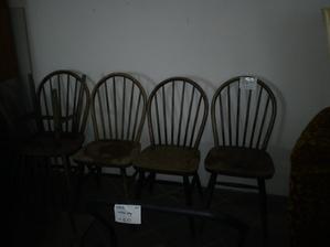Stoličky v bazare..kupit či nekupit..
