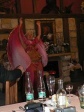 zpestření zábavy na svatební hostině -břišní tanečnice Jiřinka, prostě úžasná