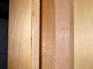 Pro zájemce detail konstrukce obložených sloupků zezadu