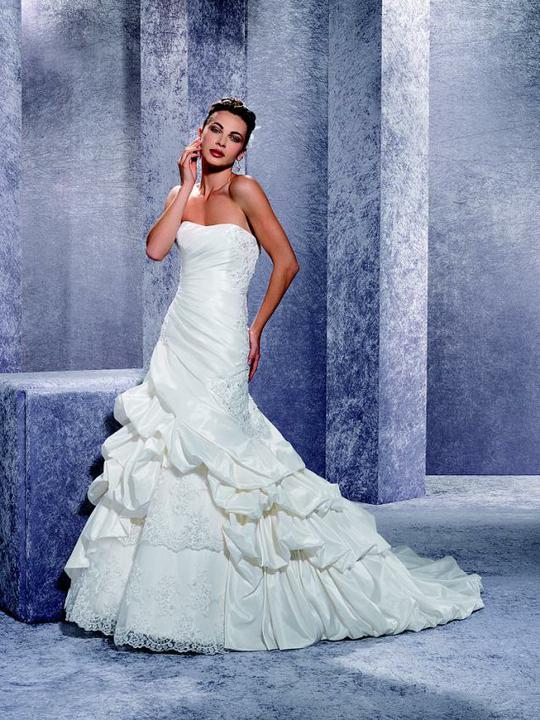 Moje šaty - a tyto to budou :-)
