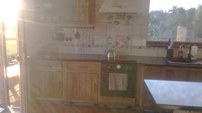 skoro dokončená kuchyn římsy už jsou ale nemám zatím vyfocené