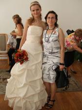 nevěsta se svědkyní ... ještě je čas utéct