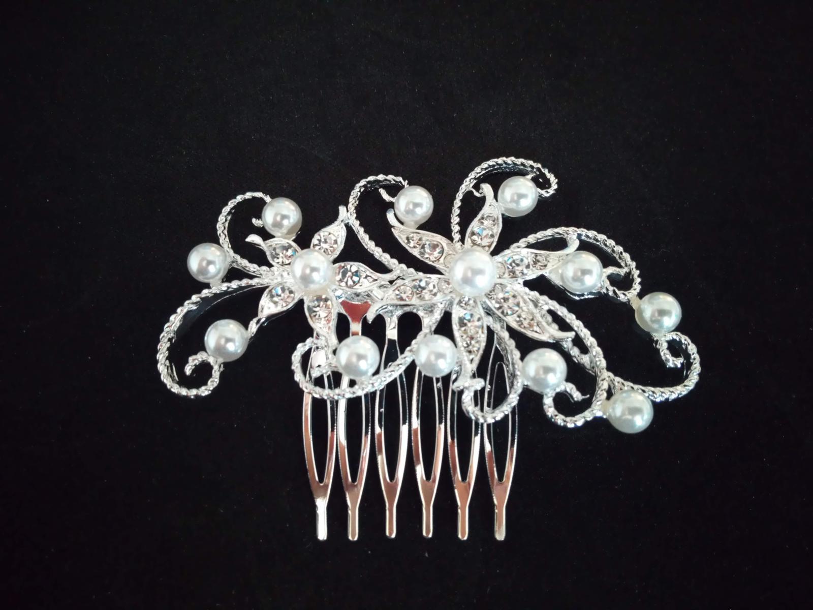 perlovo strieborný hrebienok - Obrázok č. 1