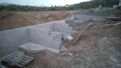 29.9.2016 sa pokračuje a zajtra sa zalieva betonom