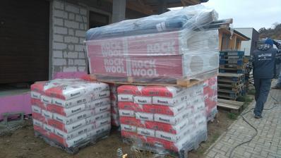 Omietka dnes dotazila ;-) aj izolácia garaze Rockwool (kamenná vlna) aby garáž bola odizolovana od domu