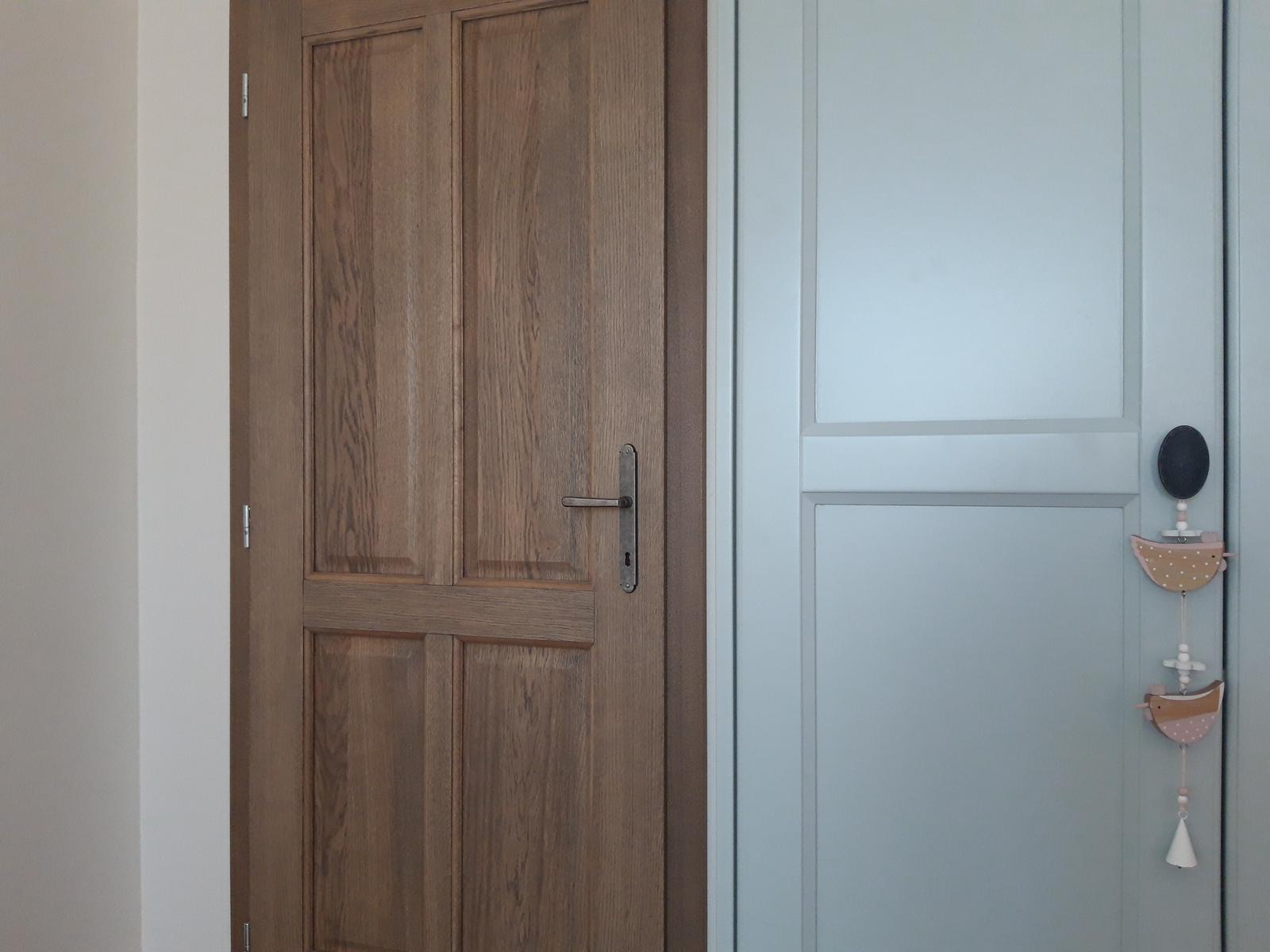 U nás doma  🏠 🌼 🌞👫👭👶 - Detail detská izba <3 dvere <3 skriňa <3