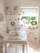 Tak toto je krásnulinká kuchyňa :-)