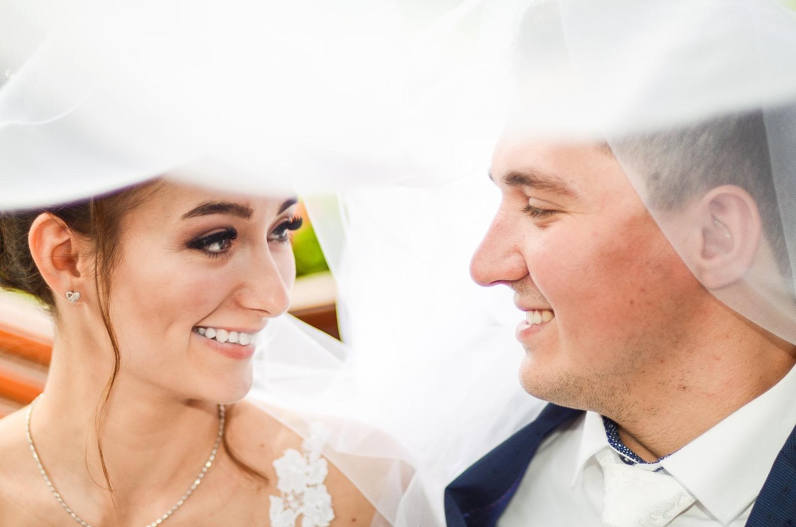 Cena za celodenní svatební focení 8000kč 😊 - Obrázek č. 1