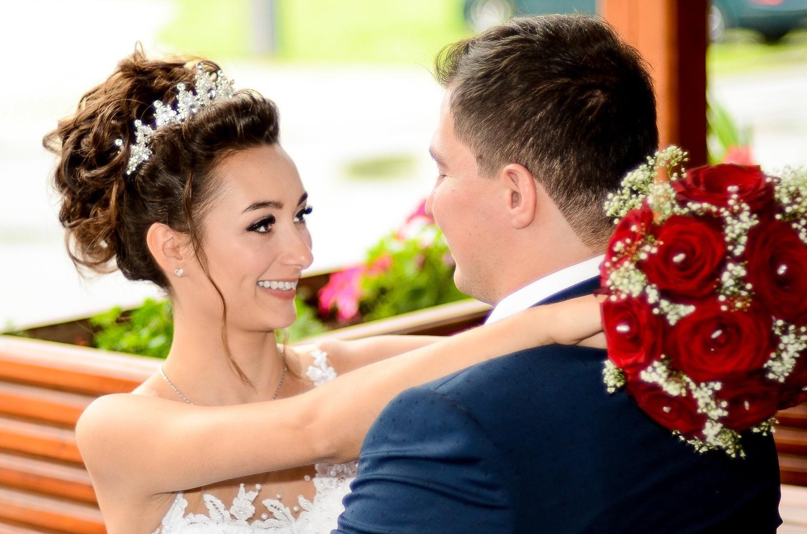 Cena za celodenní svatební focení 8000kč 😊 - Obrázek č. 2