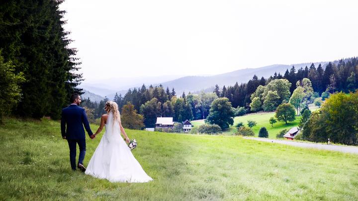 Milé nevěsty, mám ještě volné termíny 🤍 - Obrázek č. 2
