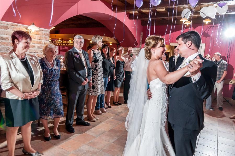 dolcevilla - Svatební party ve Vinárně
