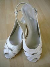 svadobné topánočky- i ked nie podla mojich predstáv ale stačia