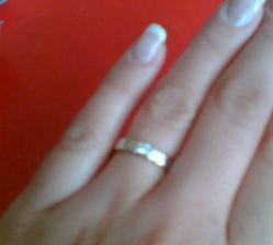 zásnubní prstýnek - bíle zlato (omluvte kvalitu - focené mobilem :o))