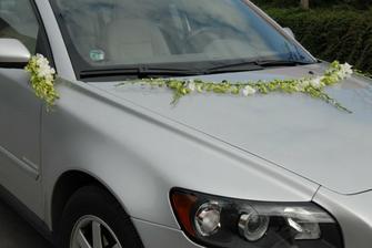 Na autíčko nevěsty...jednoduché