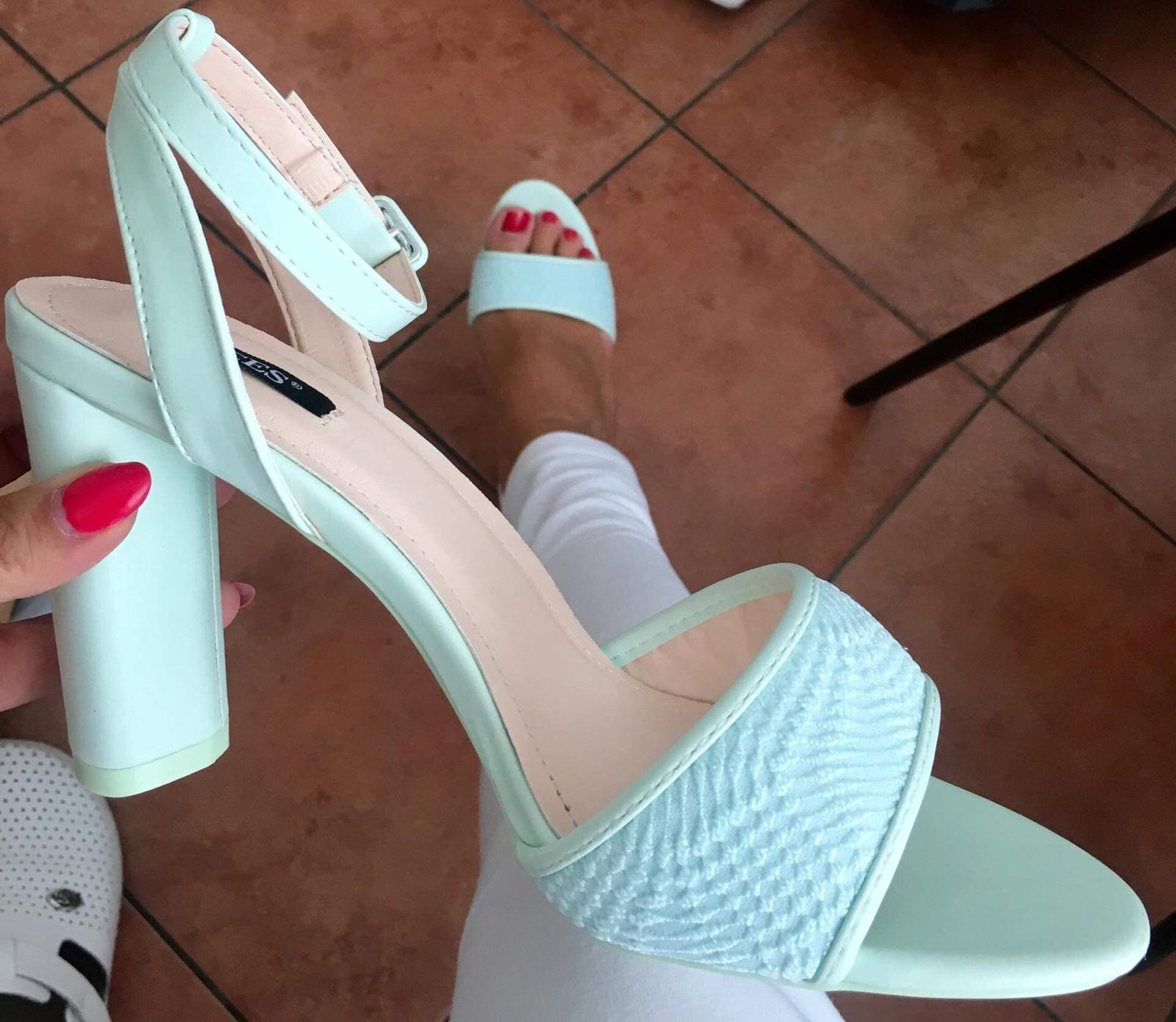 Mentolové sandálky - Obrázok č. 1