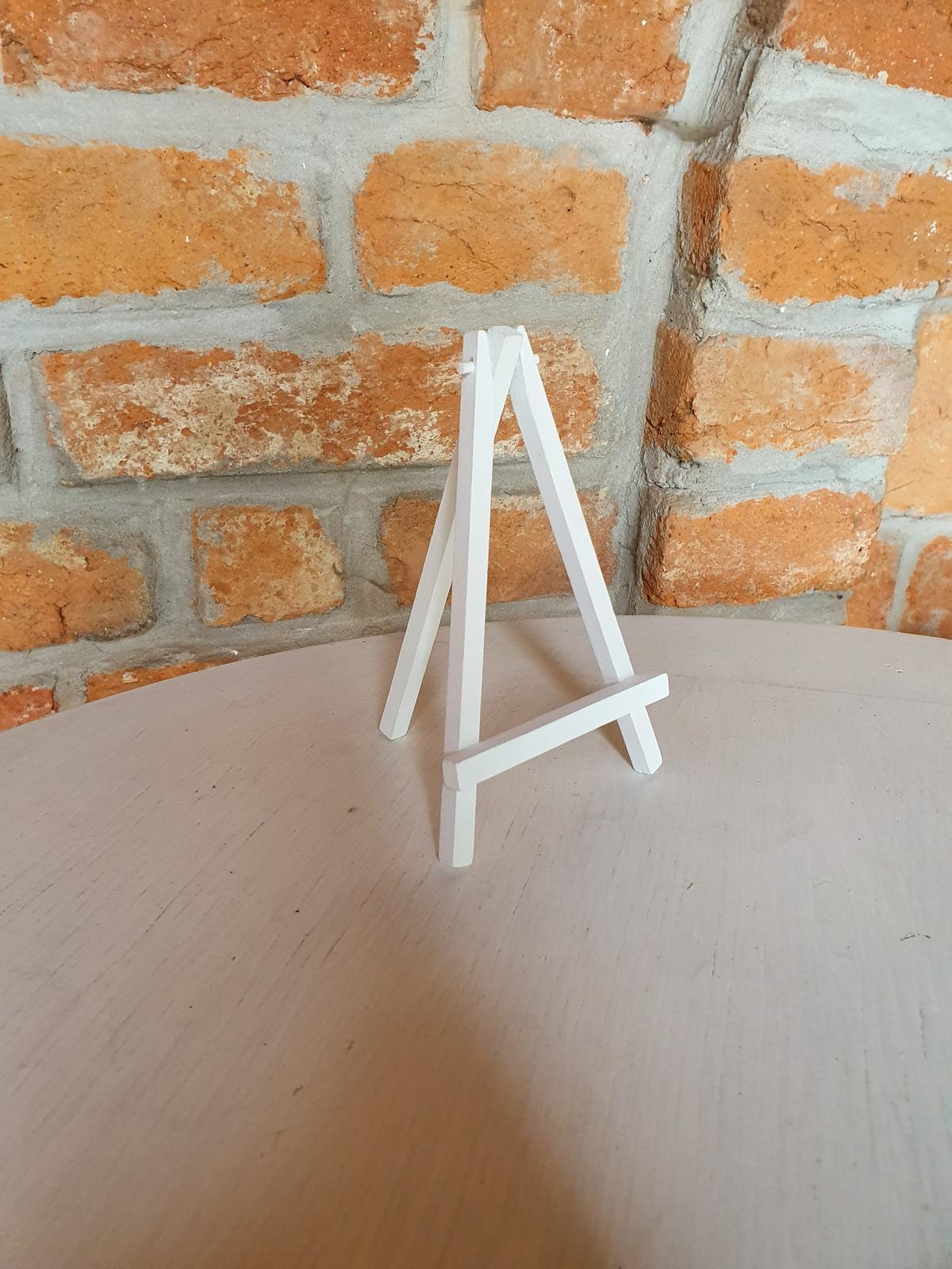 Drevené stojany na číslovanie stolov  - Obrázok č. 1