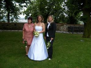 S maminkou a sestrou (mojí svědkyní)