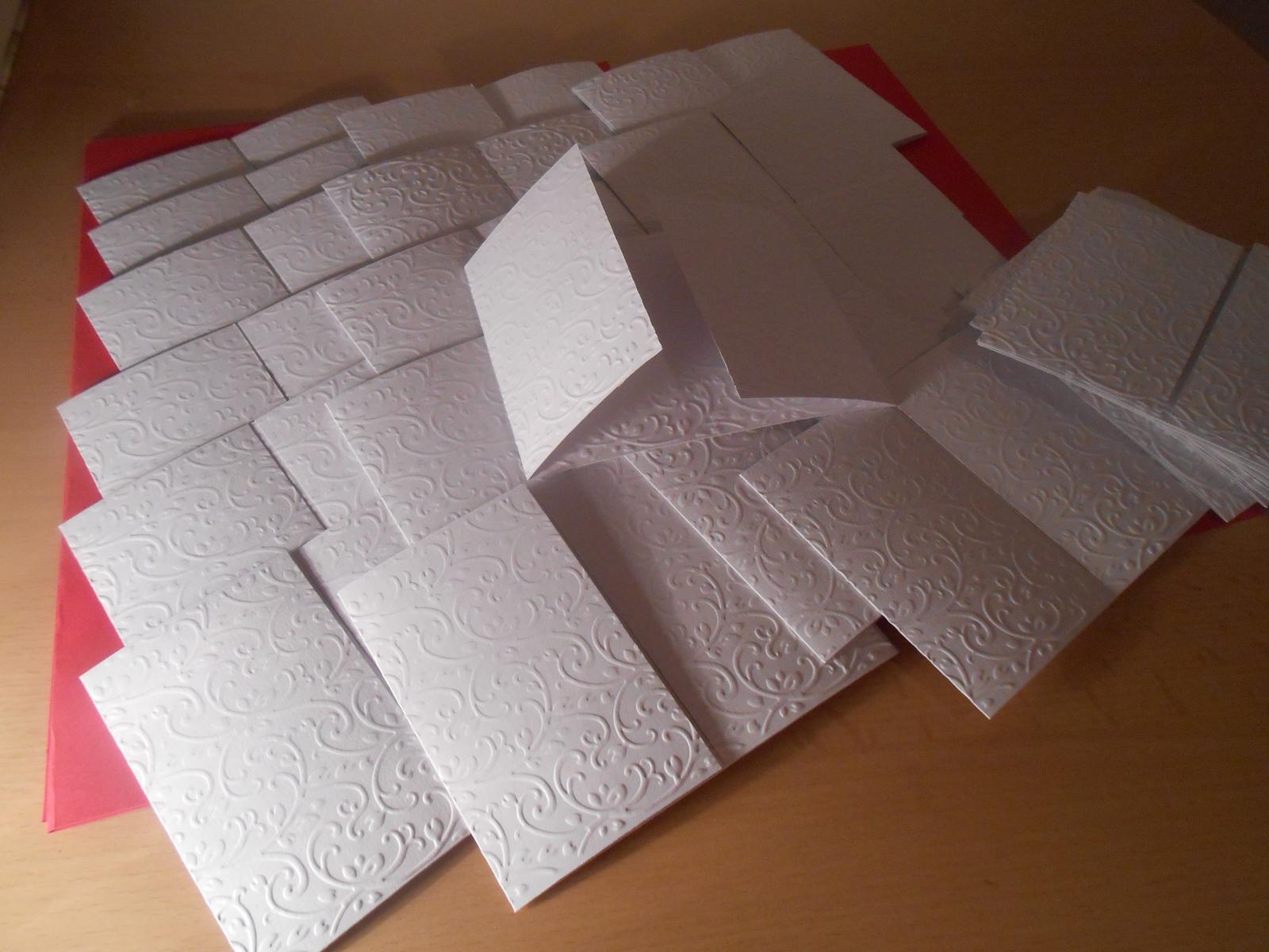 Naše prípravy - papier na vyrobu oznameni uz mam :)