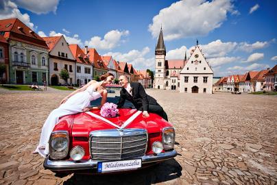 Naše prípravy - svadobne auto chceme cerveny veteran, tak dufam, ze nam to aj vyjde