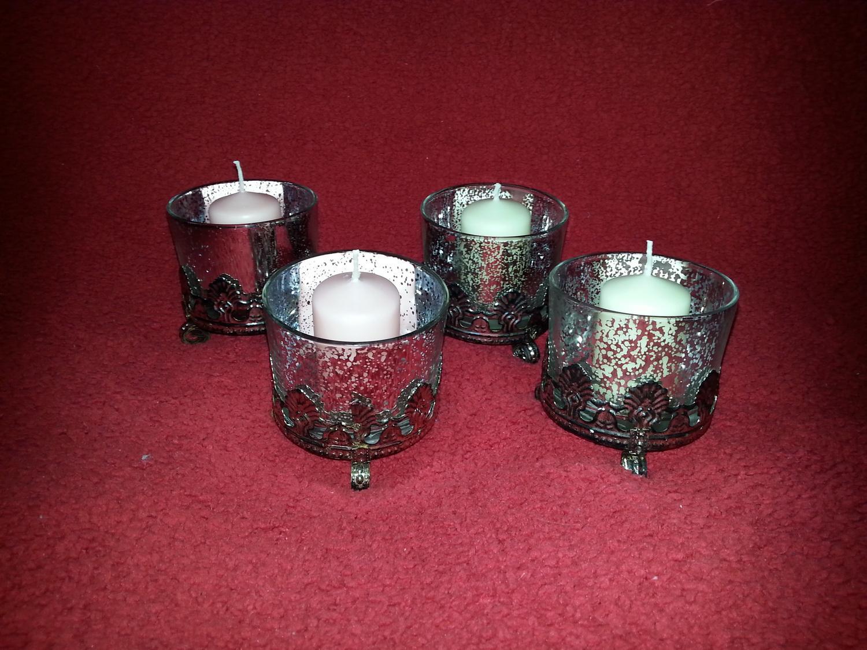 Naša Handmade :) - Svietniky na stoly, ešte tam dáme dekoračné kamienky
