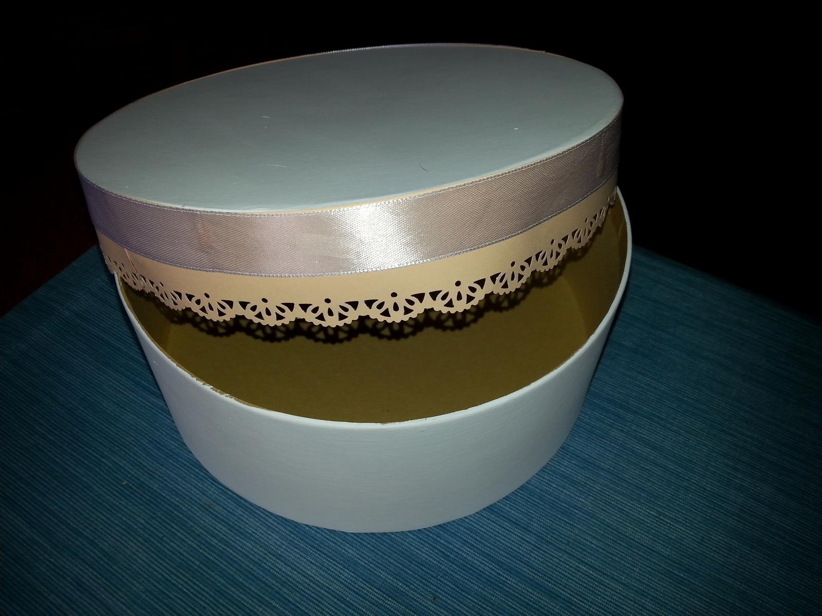Naša Handmade :) - Krabička ešte v procese vyroby...
